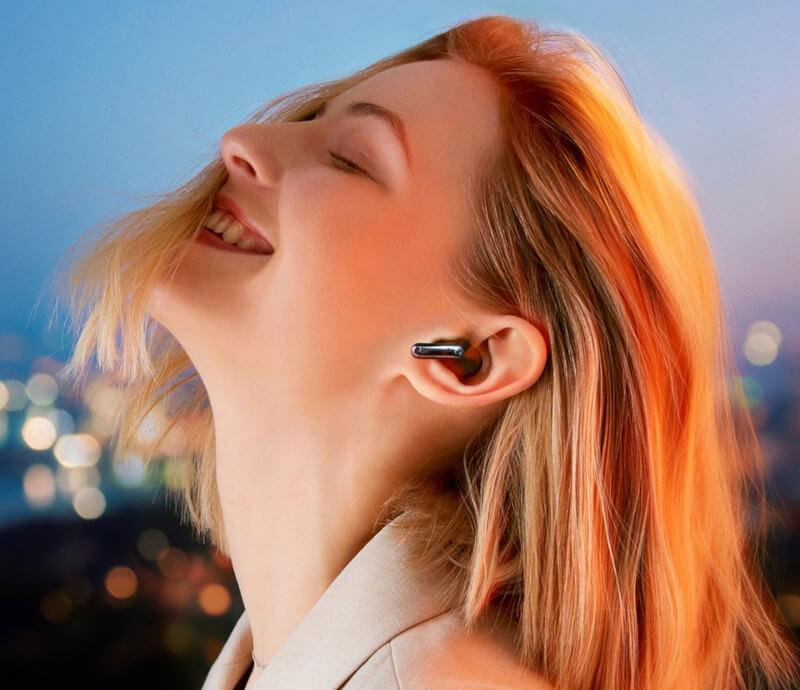 Słuchawki dokanałowe LG Tone Free z etui UV-C