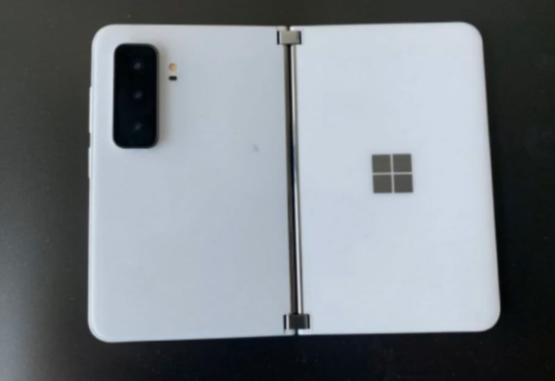 Microsoft Surface Duo 2 na zdjęciach. Naprawiono wady poprzednika