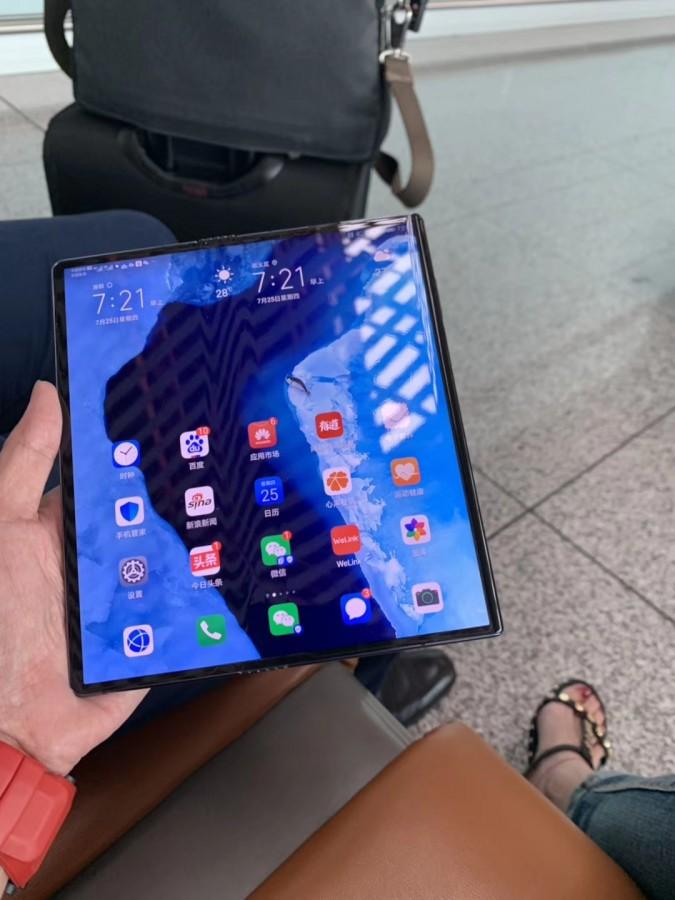 Huawei Mate X zdjecie 2