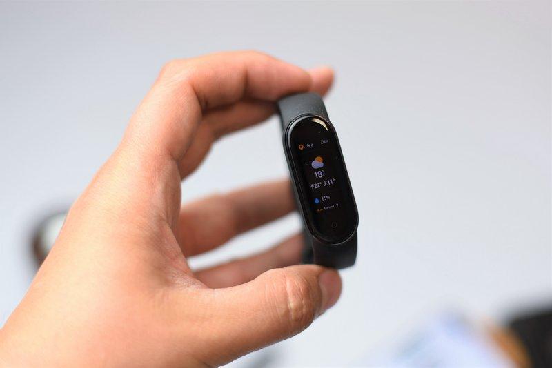 Mediamarkt Sprzedaje Xiaomi Mi Smart Band 5 Za 109 Zl To Niezla Okazja Instalki Pl