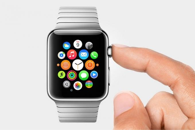 University-student-gets-400-fine-for-driving-while-using-her-Apple-Watch