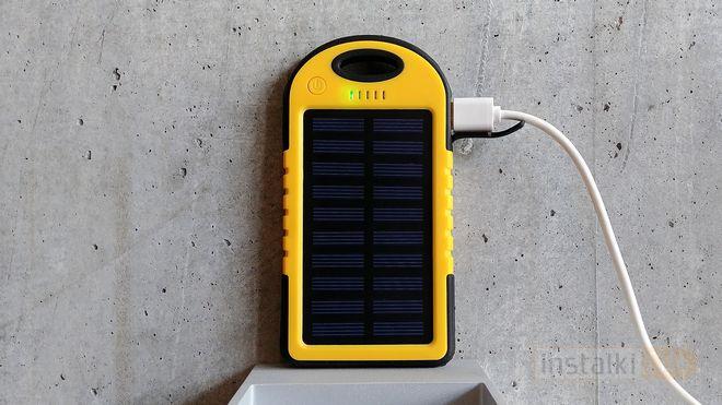 hykker power bank solar 4000 test solarnego powerbanka z. Black Bedroom Furniture Sets. Home Design Ideas